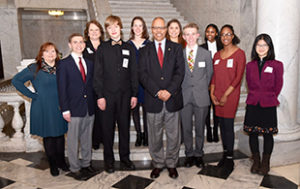 Lt Gov photo with students on steps_cropped
