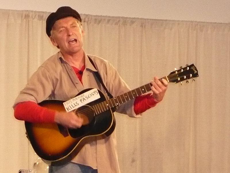 MHC Guitarist TMKF