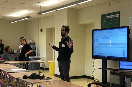 Oral historian provides instruction on techniques to students